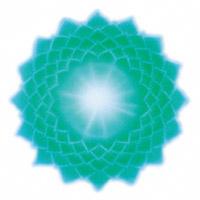 Le chakra du troisième œil correspond au 5e rayon, de couleur vert émeraude, situé au centre du front, entre les sourcils, relié à l'hypophyse, destiné à exprimer la vérité, la concentration et l'intégrité.